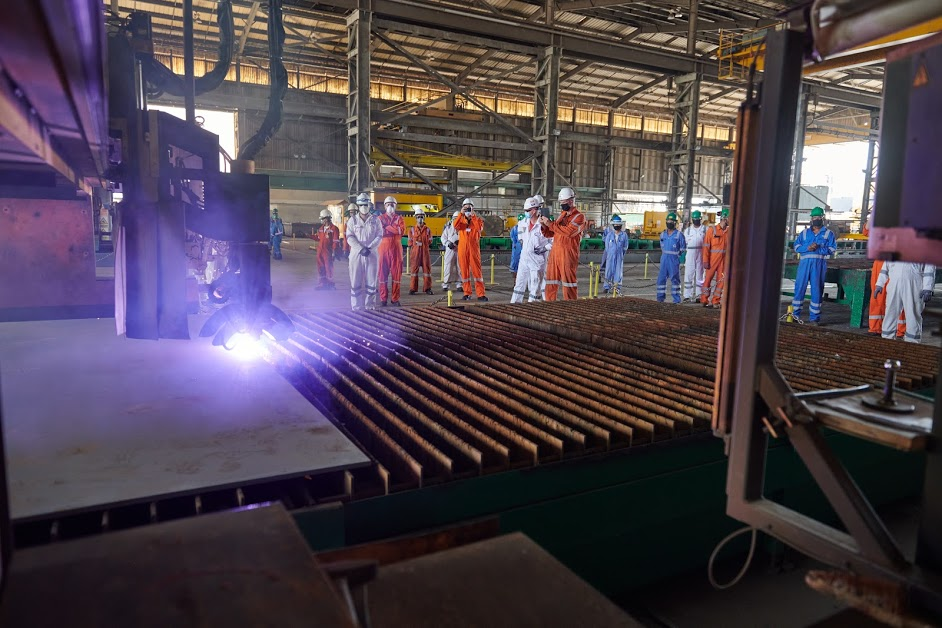 https://www.drydocks.gov.ae/cmsDrydocks World commences Offshore Crane Vessel Conversion Project